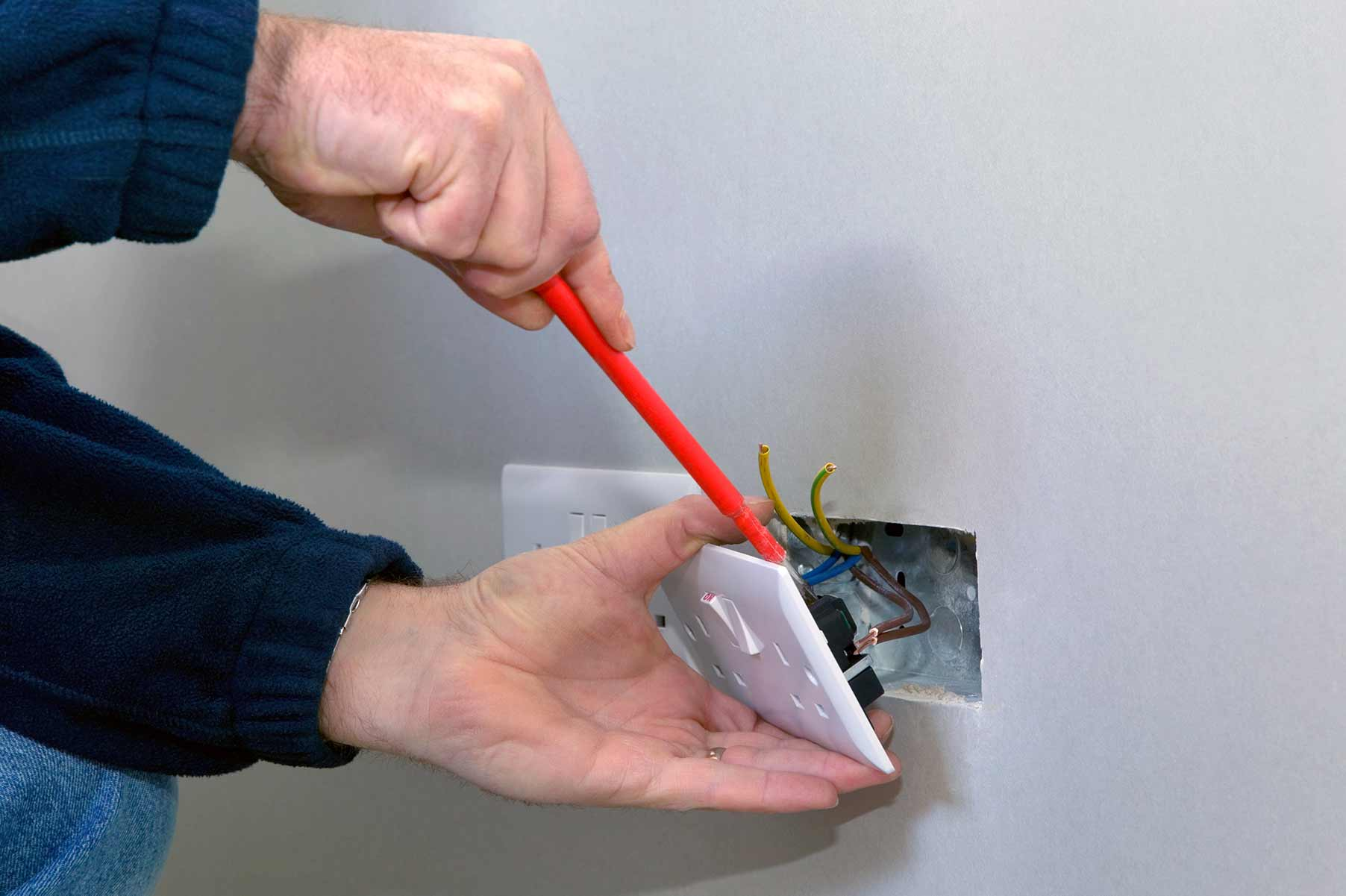 Our electricians can install plug sockets for domestic and commercial proeprties in Cardiff and the local area.
